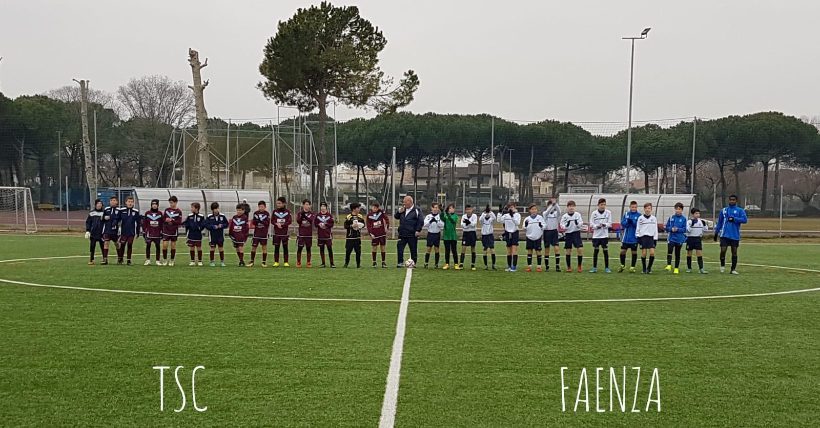 Gli Esordienti 2008 del Torresavio a Pinarella con il Faenza (grazie a Marco Sambruna).