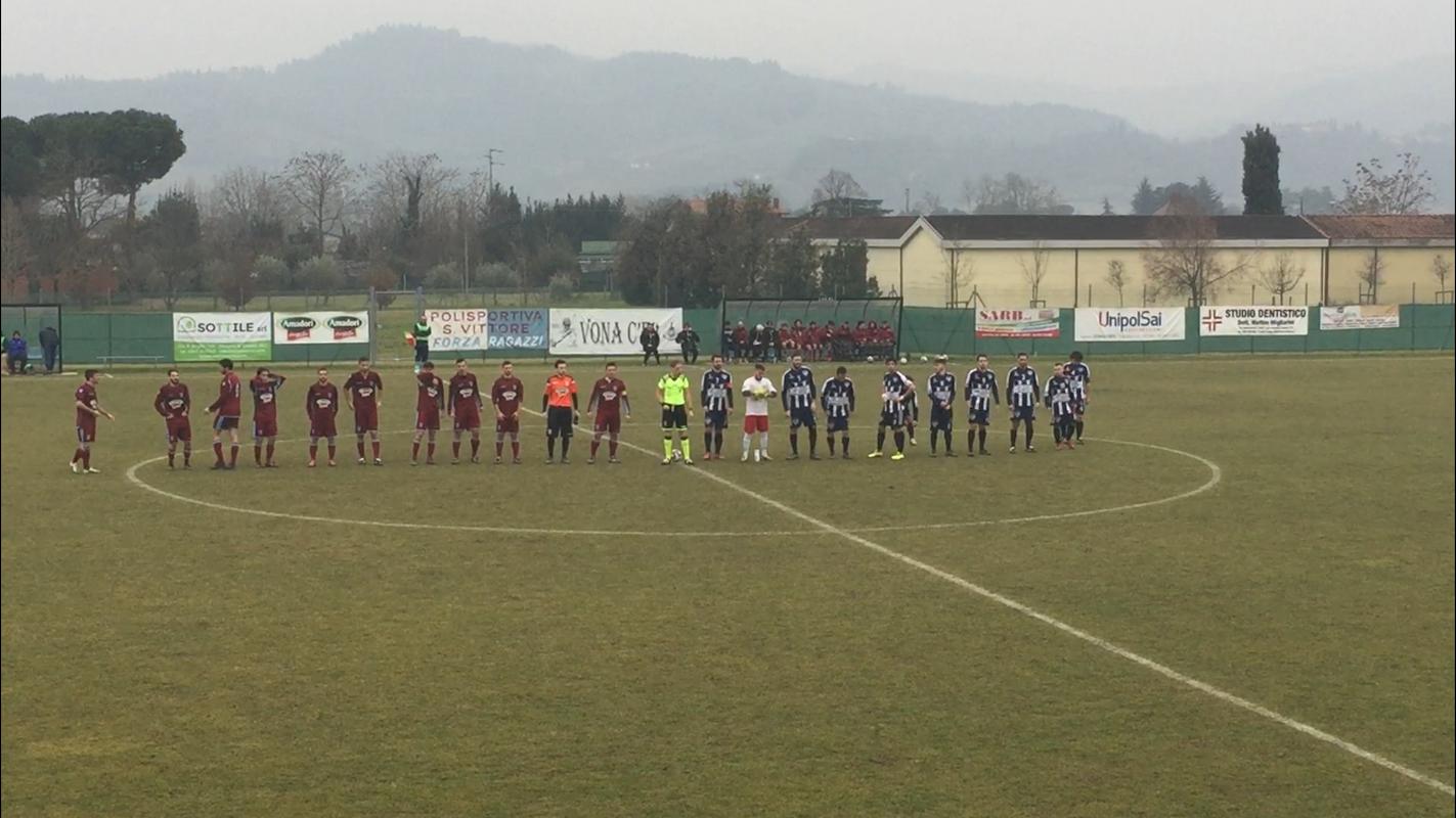 La prima squadra del TorreSanVittore prima dell'incontro di campionato con l'Alta Valconca.